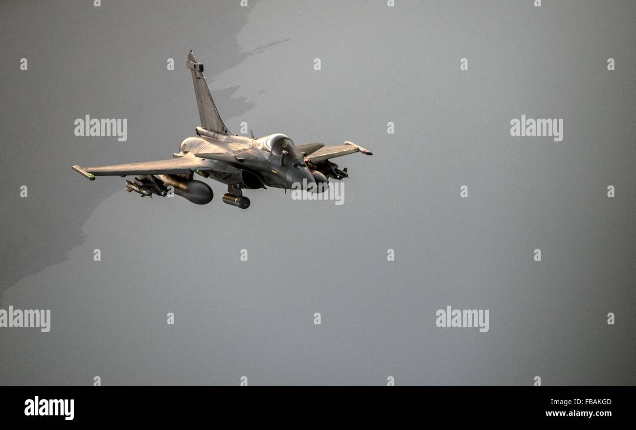 A French F-2 Rafale fighter jet during a mission over Iraq in support of Operation Inherent Resolve January 8, 2016. Stock Photo