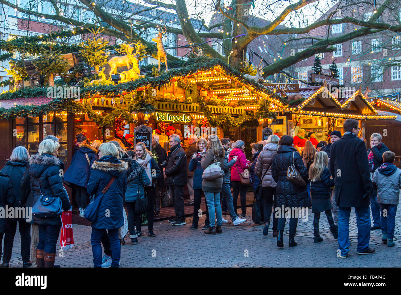 Christmas market in the old town, city center, Münster, Westfalia, Germany behind the city hall, - Stock Image