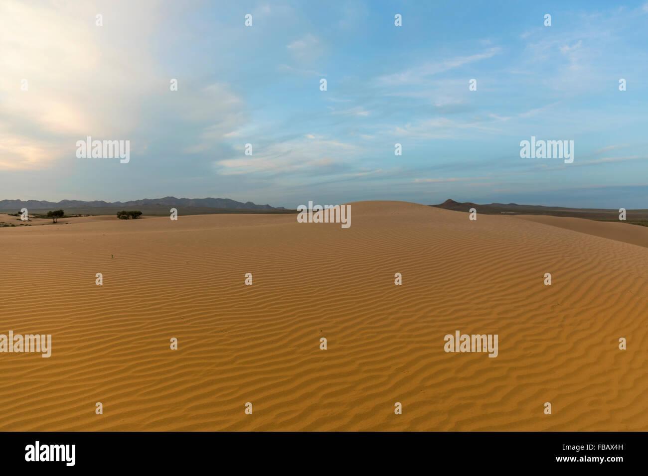 Waves of Sand at the Gobi Desert, Mongolia - Stock Image