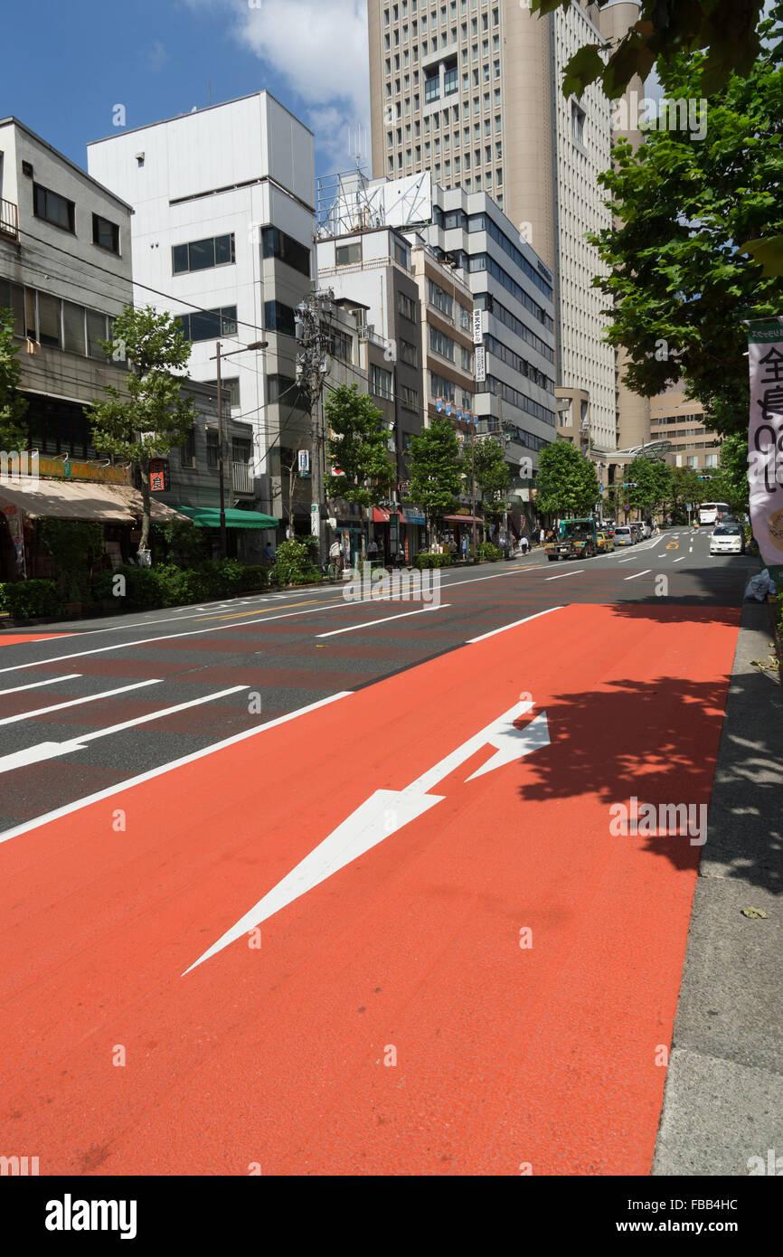 urban Tokyo red lane - Stock Image