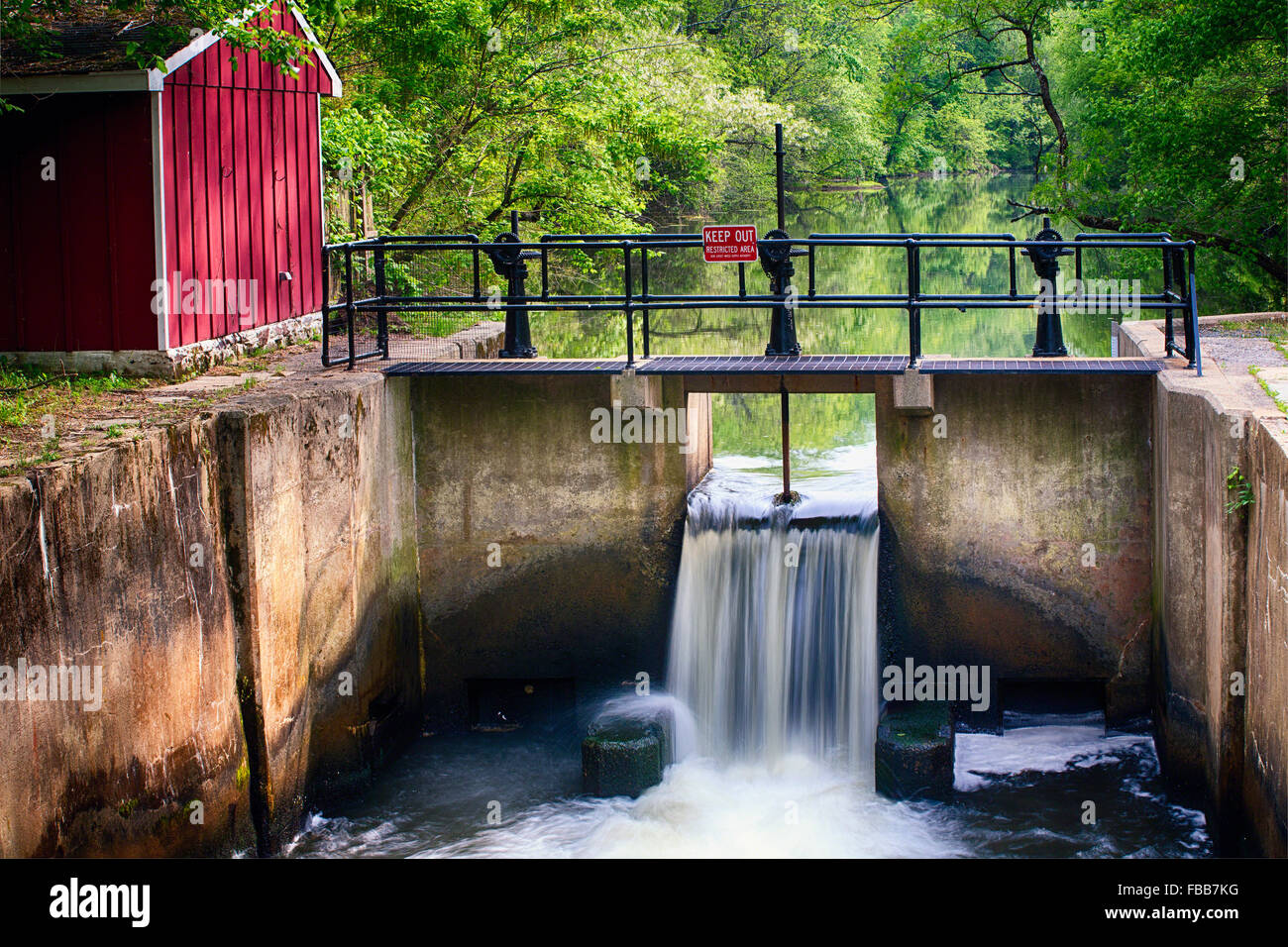 Lock on The Deleware & Raritan Canal at Griggstown During Spring, Somerset County, New Jersey, USA - Stock Image