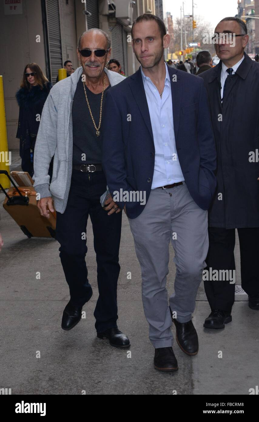 Seth and les gold leaving huffinton post featuring seth for Family jewelry and loan