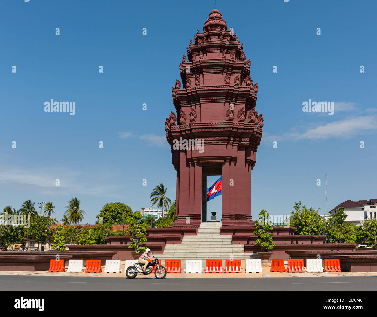 Roundabout at the Independence Monument, Motorcycle at the Phnom Penh, Cambodia - Stock Image
