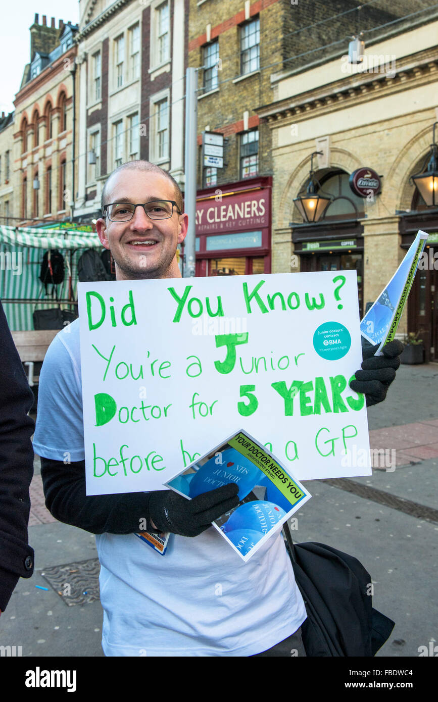 Junior doctors begin their 24 hr strike action and form a picket line outside the Royal London Hospital in Whitechapel, - Stock Image