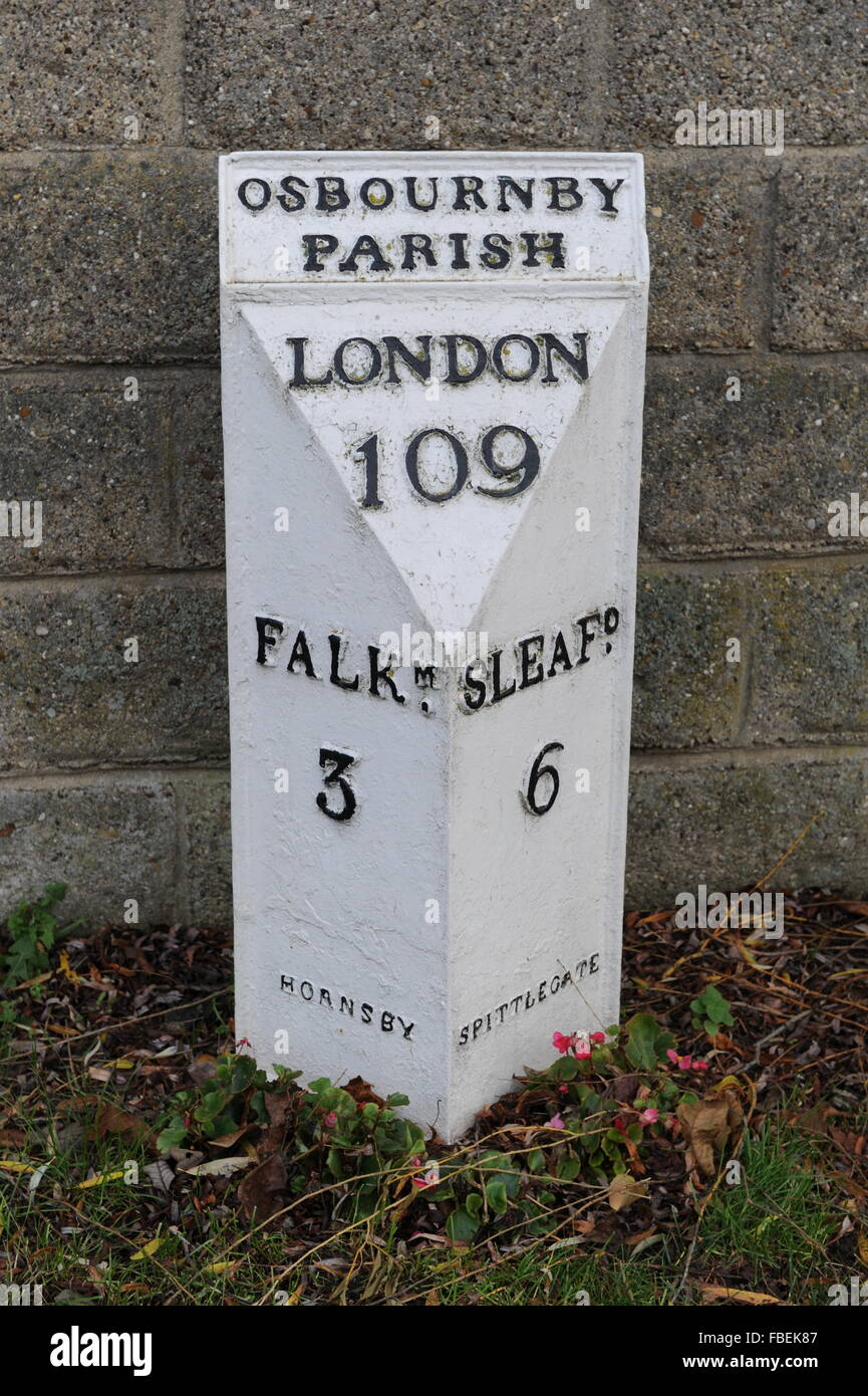 U.K. Metal Mileage Marker in Lincolnshire - Stock Image