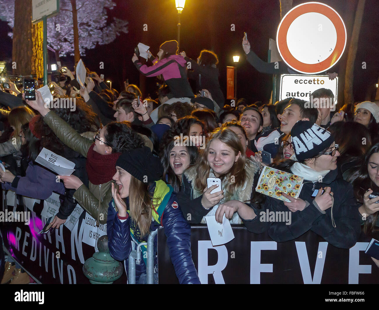 Rome, Italy. 15th Jan, 2016. Fans Italian American actor Leonardo DiCaprio desperately await his arrival in Rome, Stock Photo