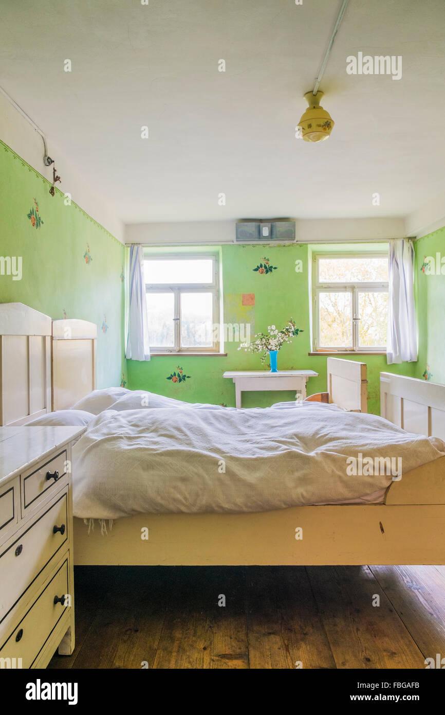 historic farmhouse bedroom, open-air museum, wackershofen, schwaebisch hall, baden-wuerttemberg, germany Stock Photo