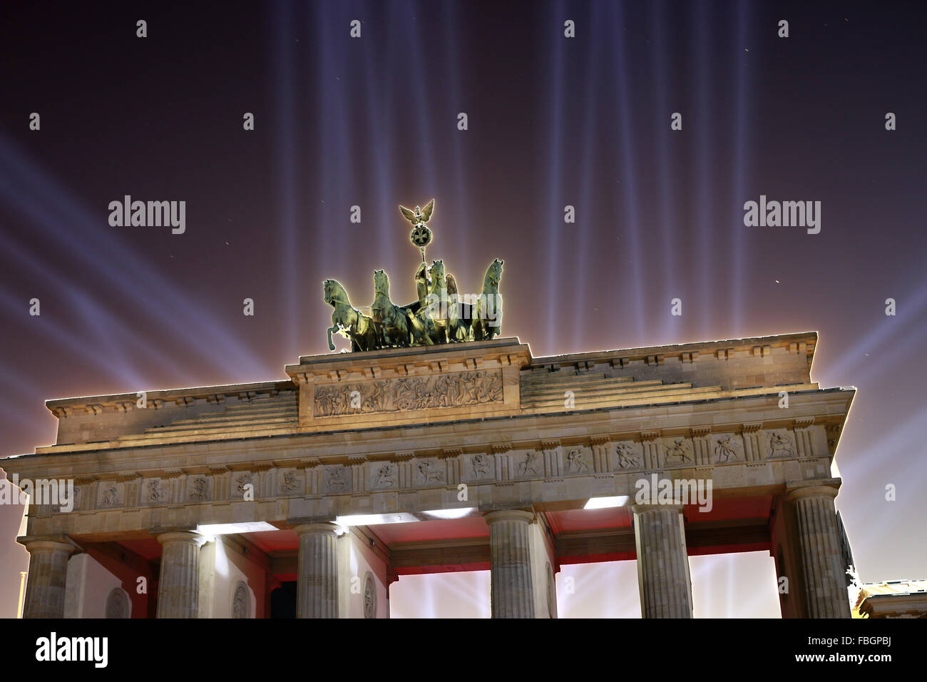 das illuminierte Brandenburger Tor, Berlin. - Stock Image