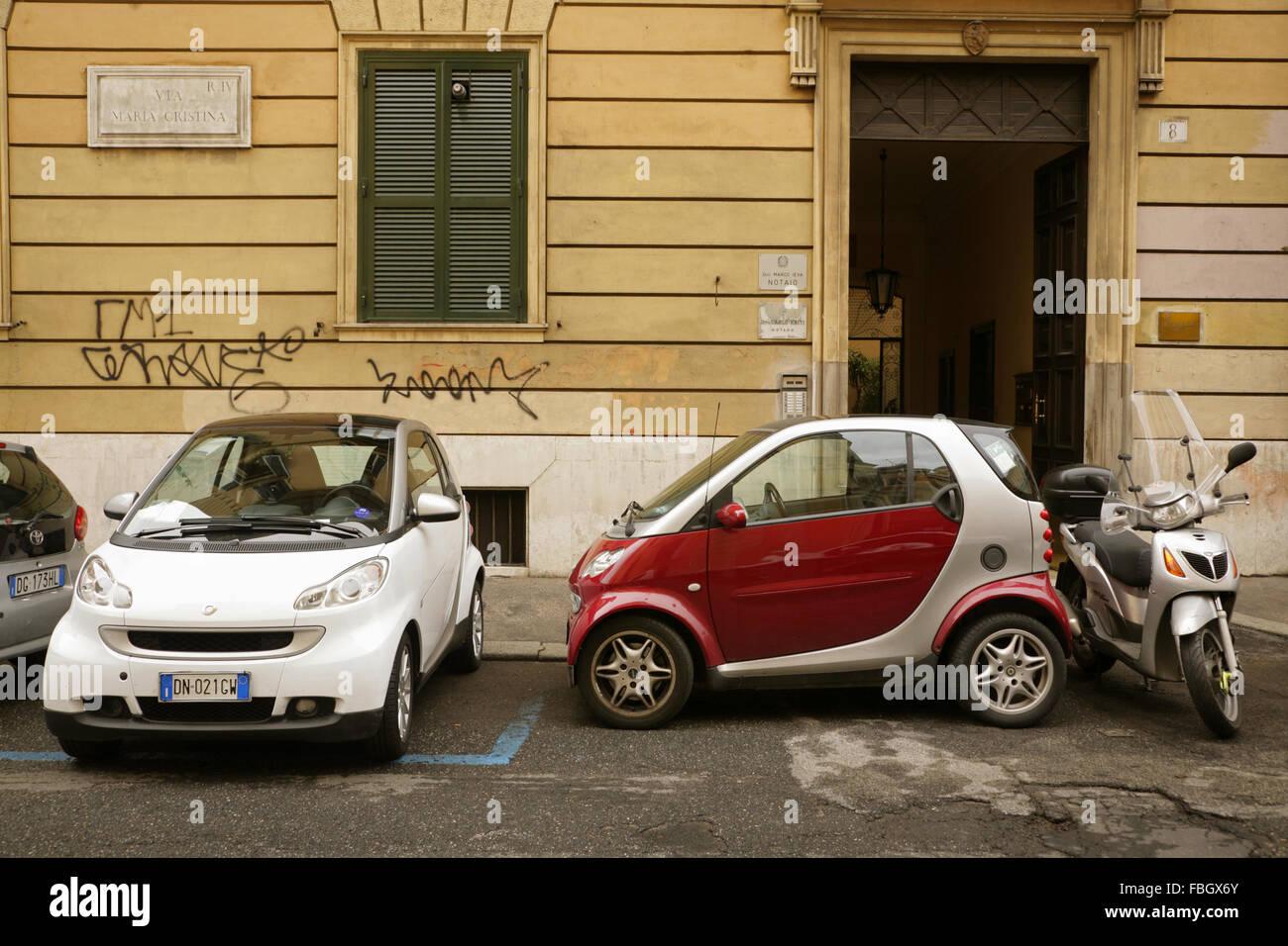 Parking Smart Cars Stock Photos & Parking Smart Cars Stock Images ...