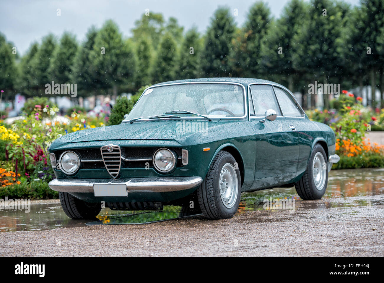Alfa Romeo Stock Photos Images Alamy Gt 1300 Junior Restoration Windscreen Wiper Motor Schwetzingen Baden Wrttemberg Germany Coupe At The Classic