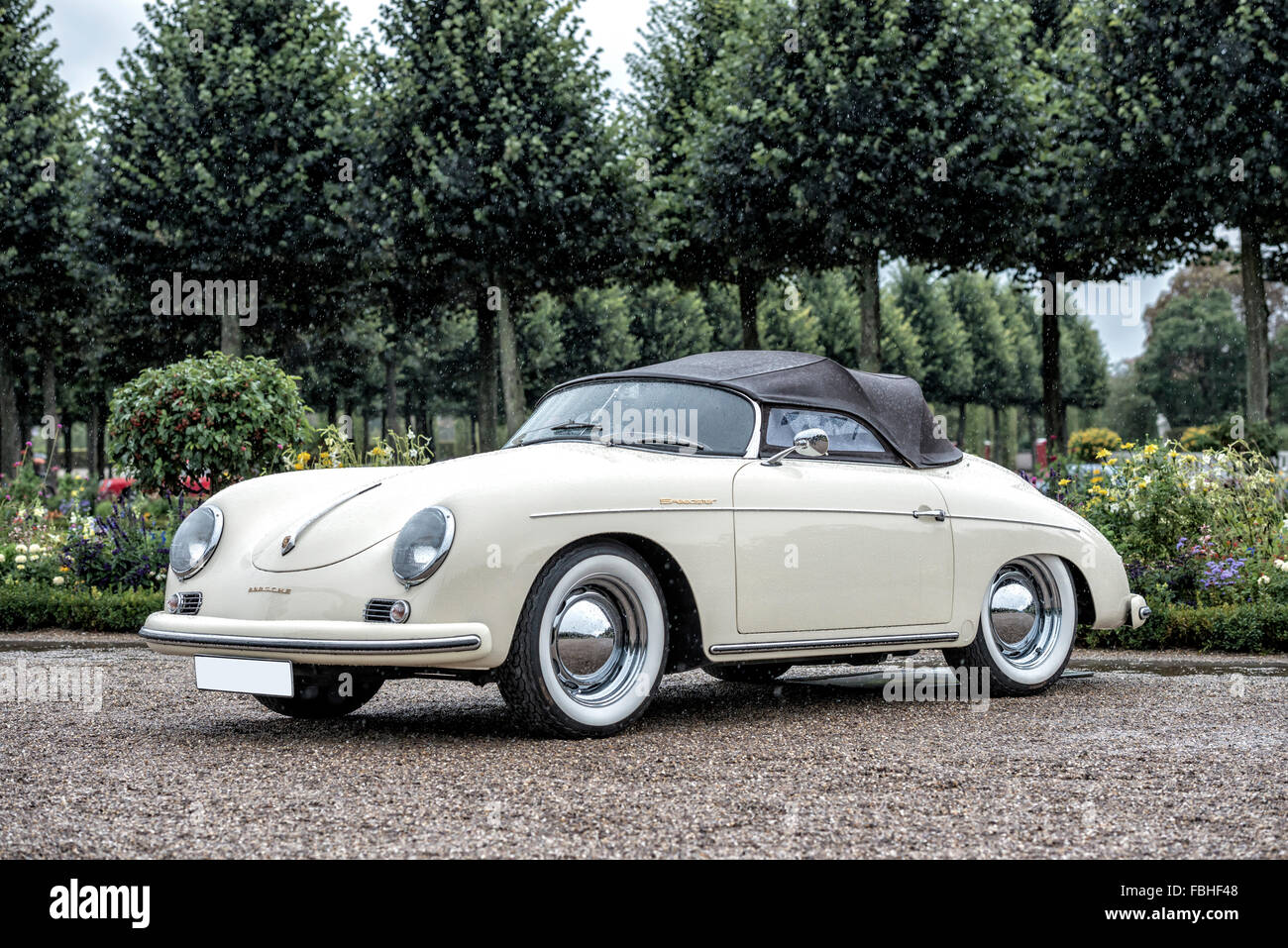 porsche 356 speedster stock photos porsche 356 speedster. Black Bedroom Furniture Sets. Home Design Ideas