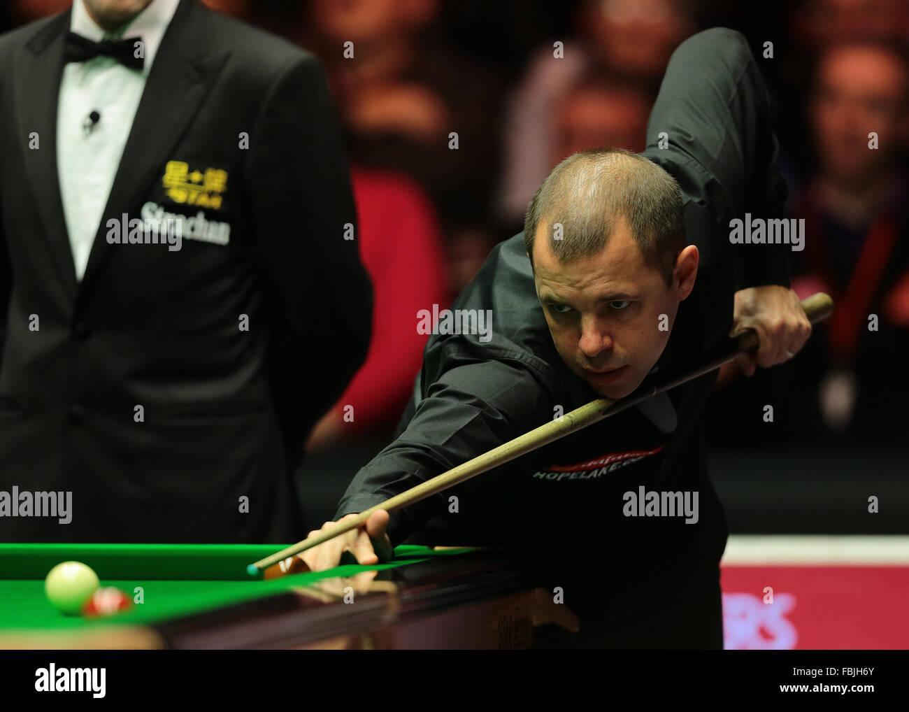 Alexandra Palace, London, UK. 17th Jan, 2016. Masters Snooker. Final, Ronnie O'Sullivan versus Barry Hawkins. - Stock Image