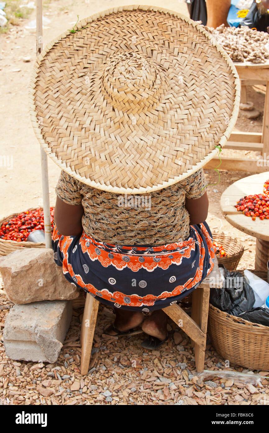 Market seller, Akosombo, Ghana - Stock Image