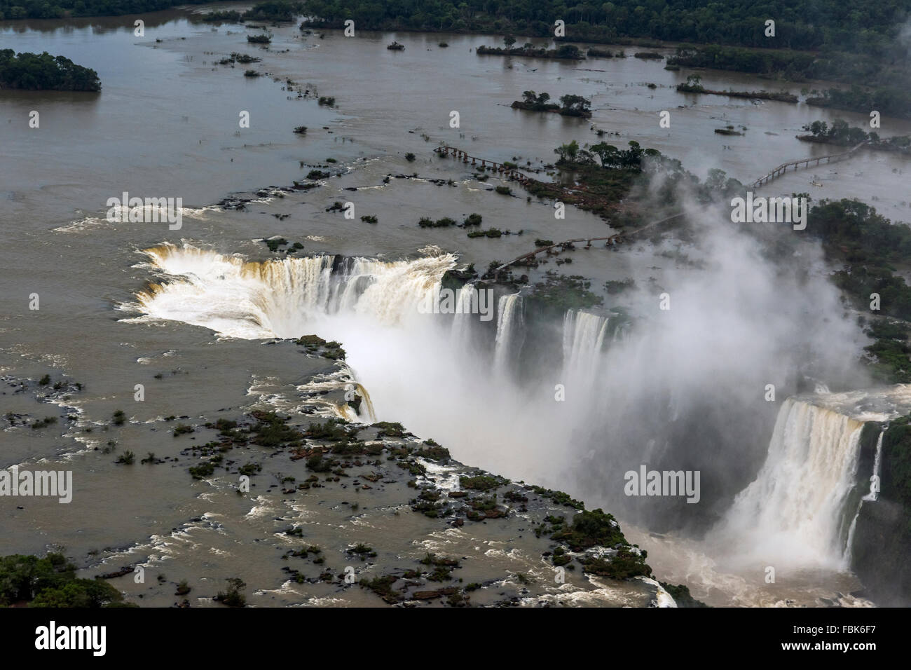 Aerial view, Garganta do Diablo (Devil's Throat) with small birds, Foz do Iguacu, Brazil Argentina Border - Stock Image