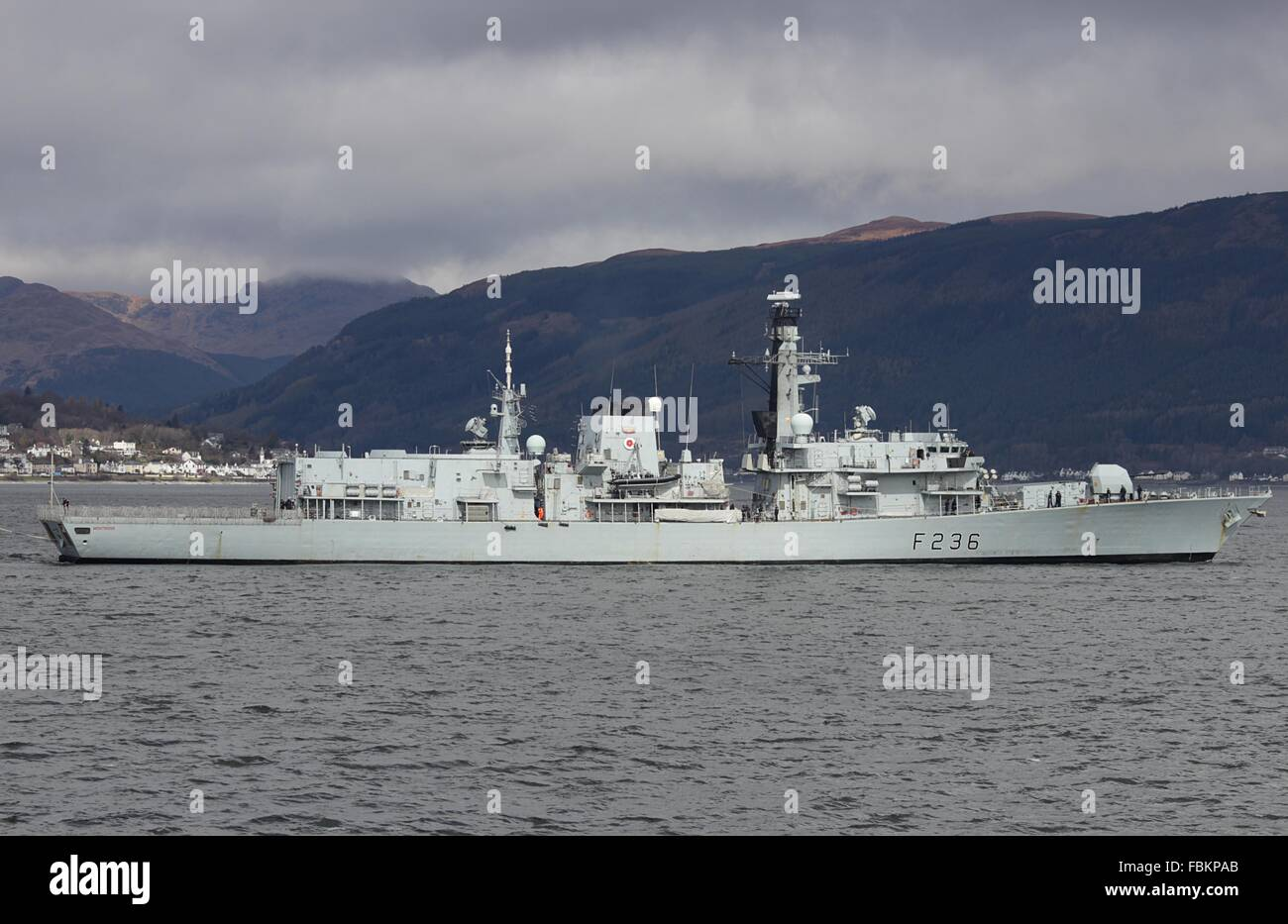 HMS Montrose (F236), a Duke-class frigate of the Royal Navy, passing Gourock at the end of Exercise Joint Warrior 13-1. Stock Photo