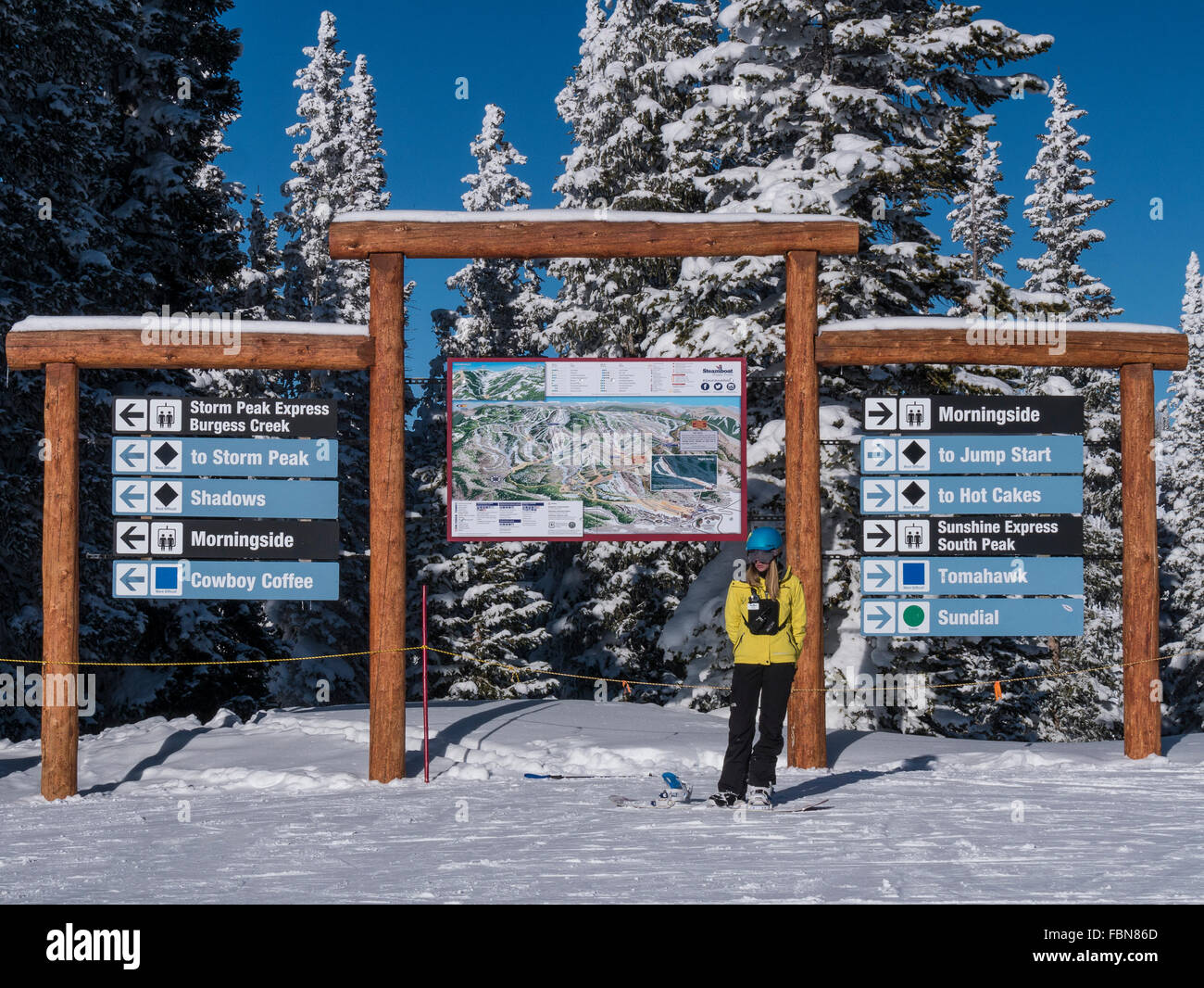 Trail map and signs, top of Sundown chairlift, Steamboat Ski Resort ...