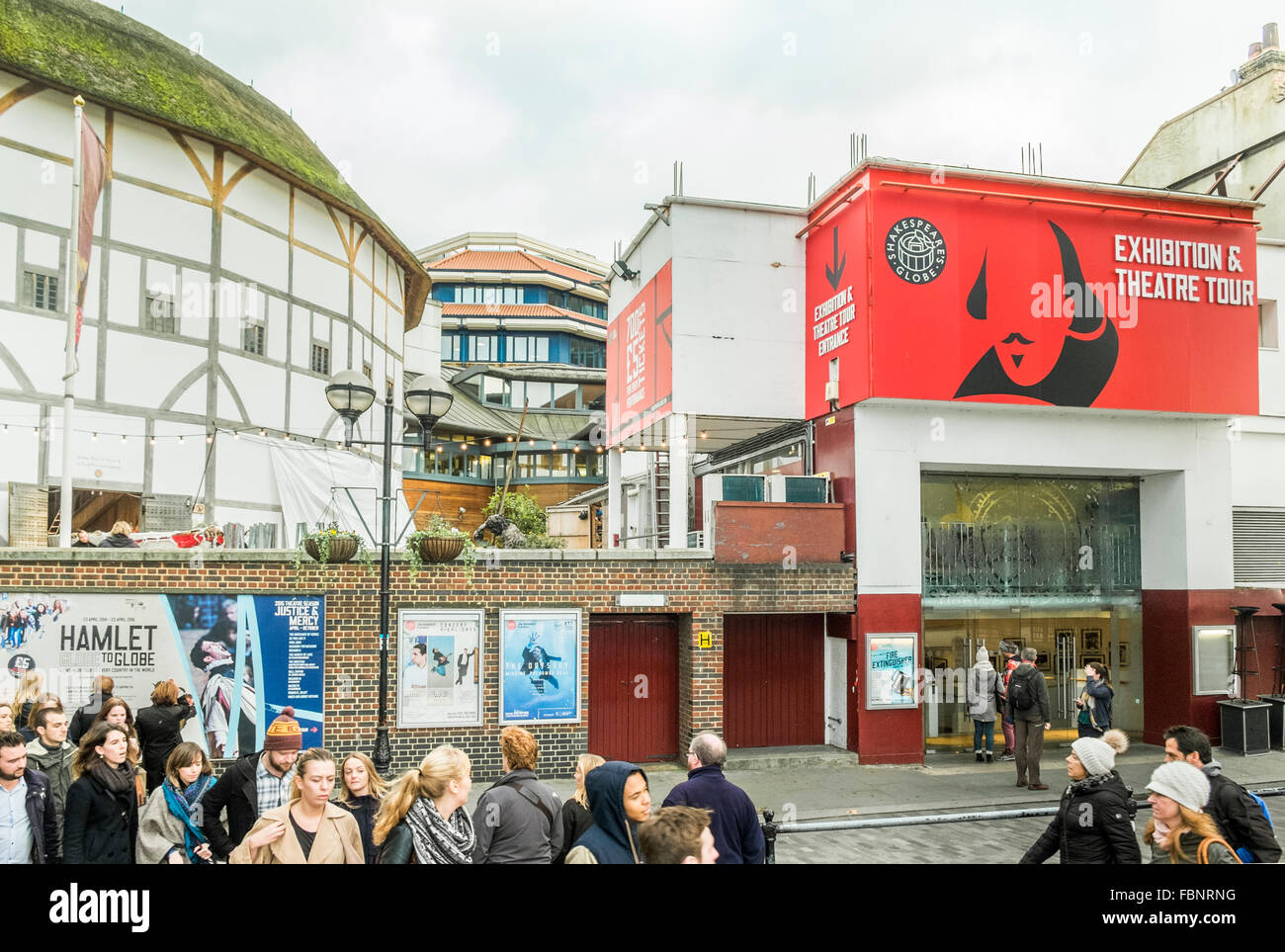 shakespeare´s globe theater on the southbank, london, england - Stock Image