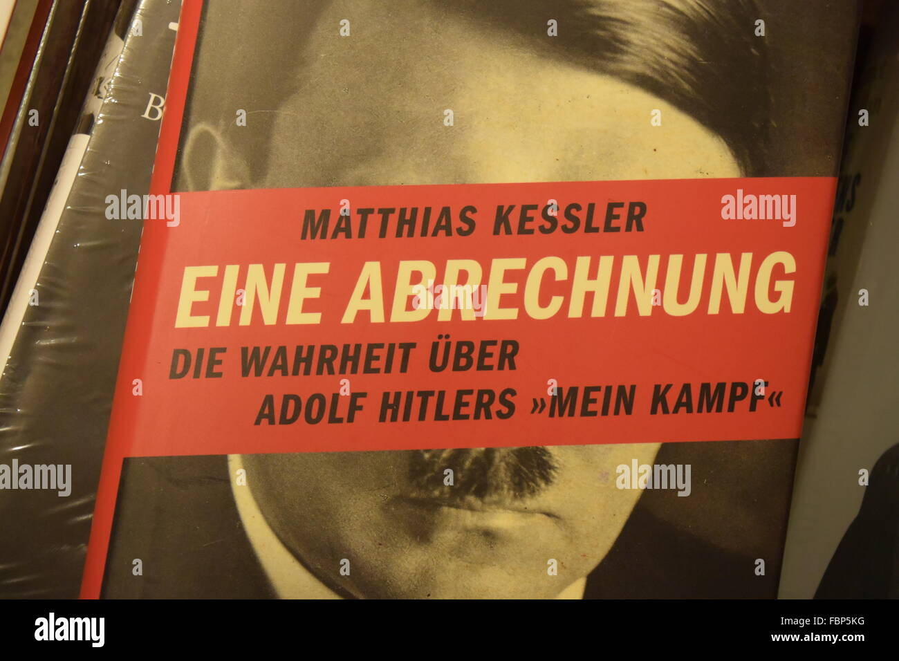 Cover of the book 'Eine Abrechnung'  from Matthias Kessler. A critical comment to the book 'Mein Kampf' - Stock Image
