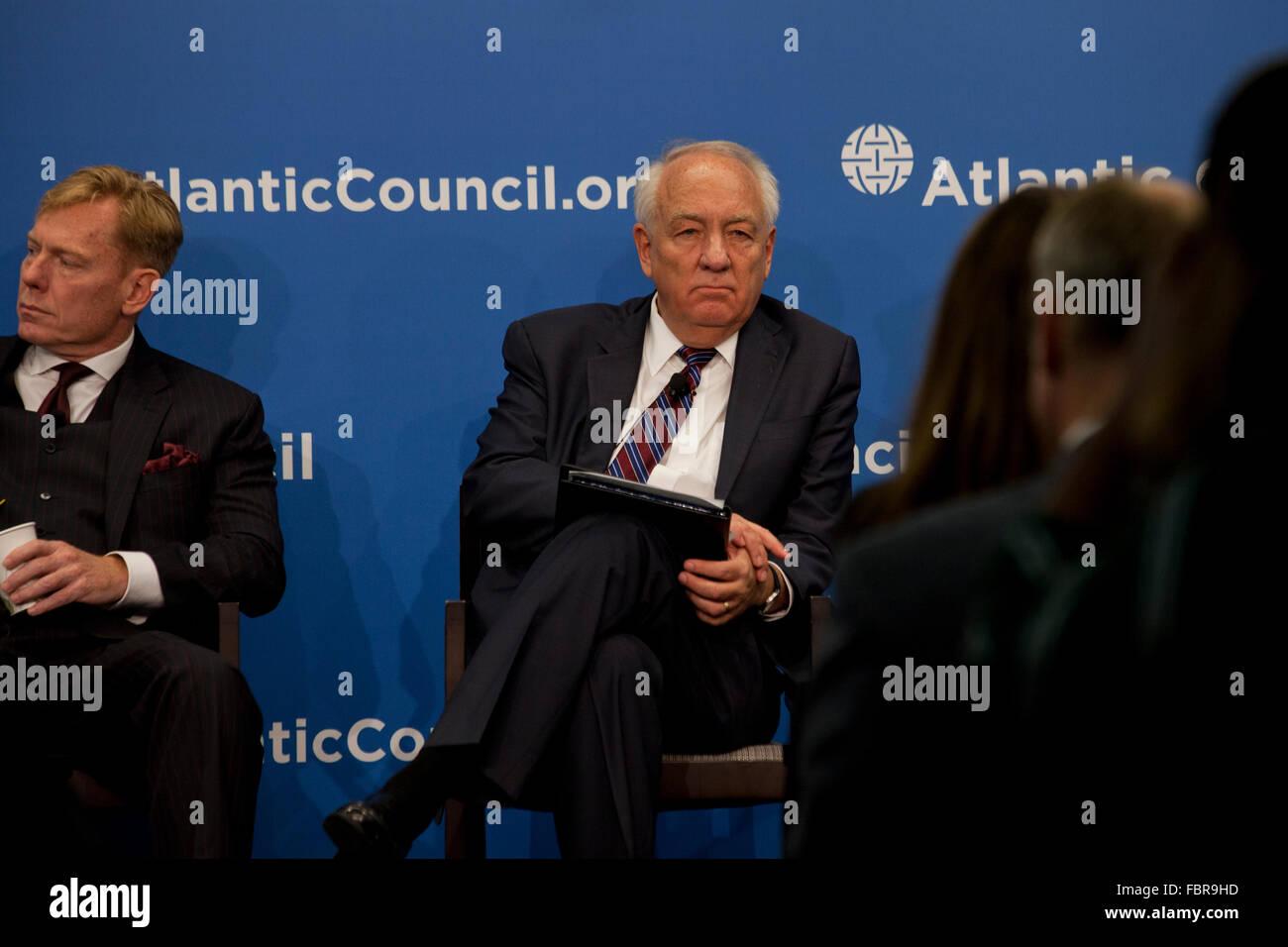 Ambassador Stephen Rapp, former US Ambassador at-Large-for War Crimes Issues, at Atlantic Council - Washington, - Stock Image