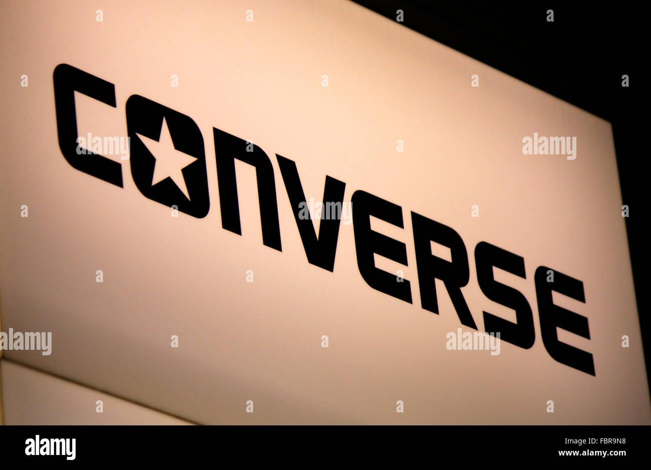 Markenname: 'Converse', Berlin. - Stock Image