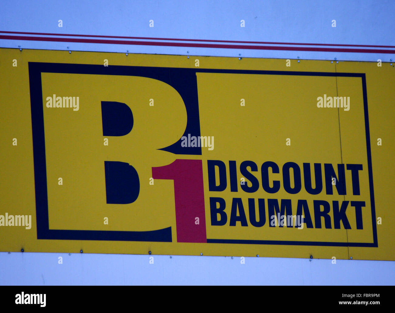 Markenname: 'B1 Discount Baumarkt', Berlin. - Stock Image
