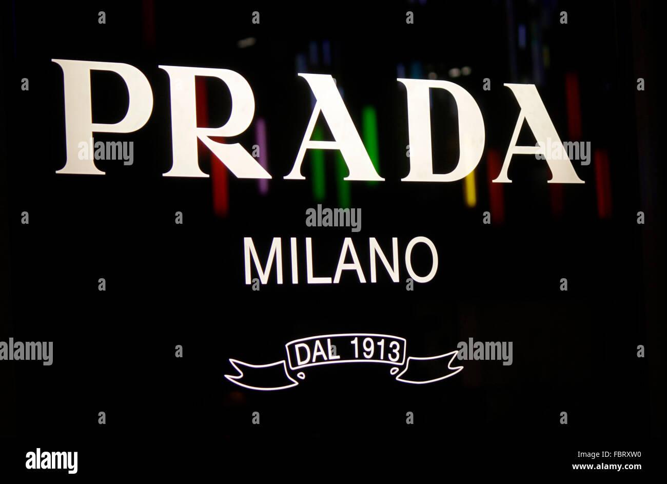 Markenname: 'Prada Milano', Berlin. - Stock Image
