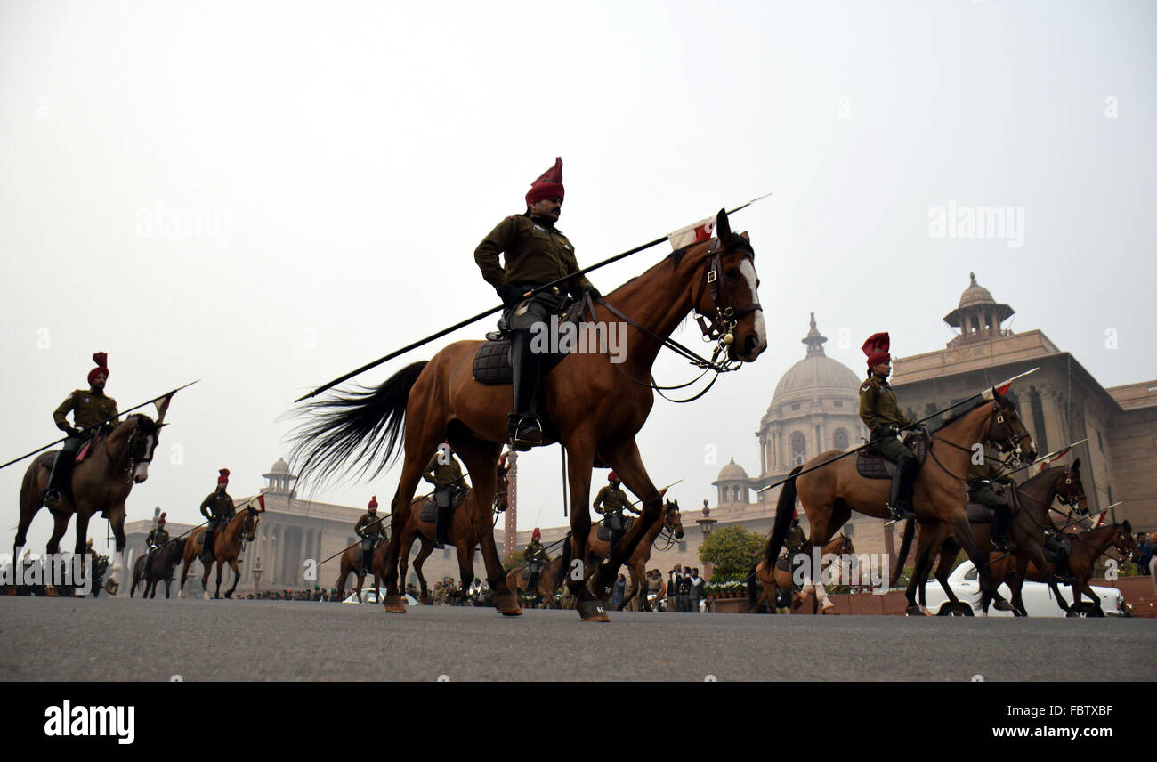 New Delhi, India. 19th Jan, 2016. Indian army cavalries parade during a rehearsal for the Beating Retreat ceremony - Stock Image