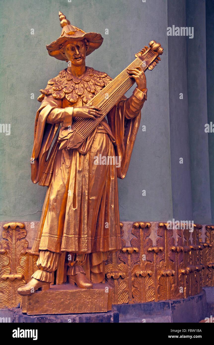 Sanssouci Park, Chinese Tea House, Golden Statue, Potsdam, Brandenburg, Berlin, Germany, - Stock Image