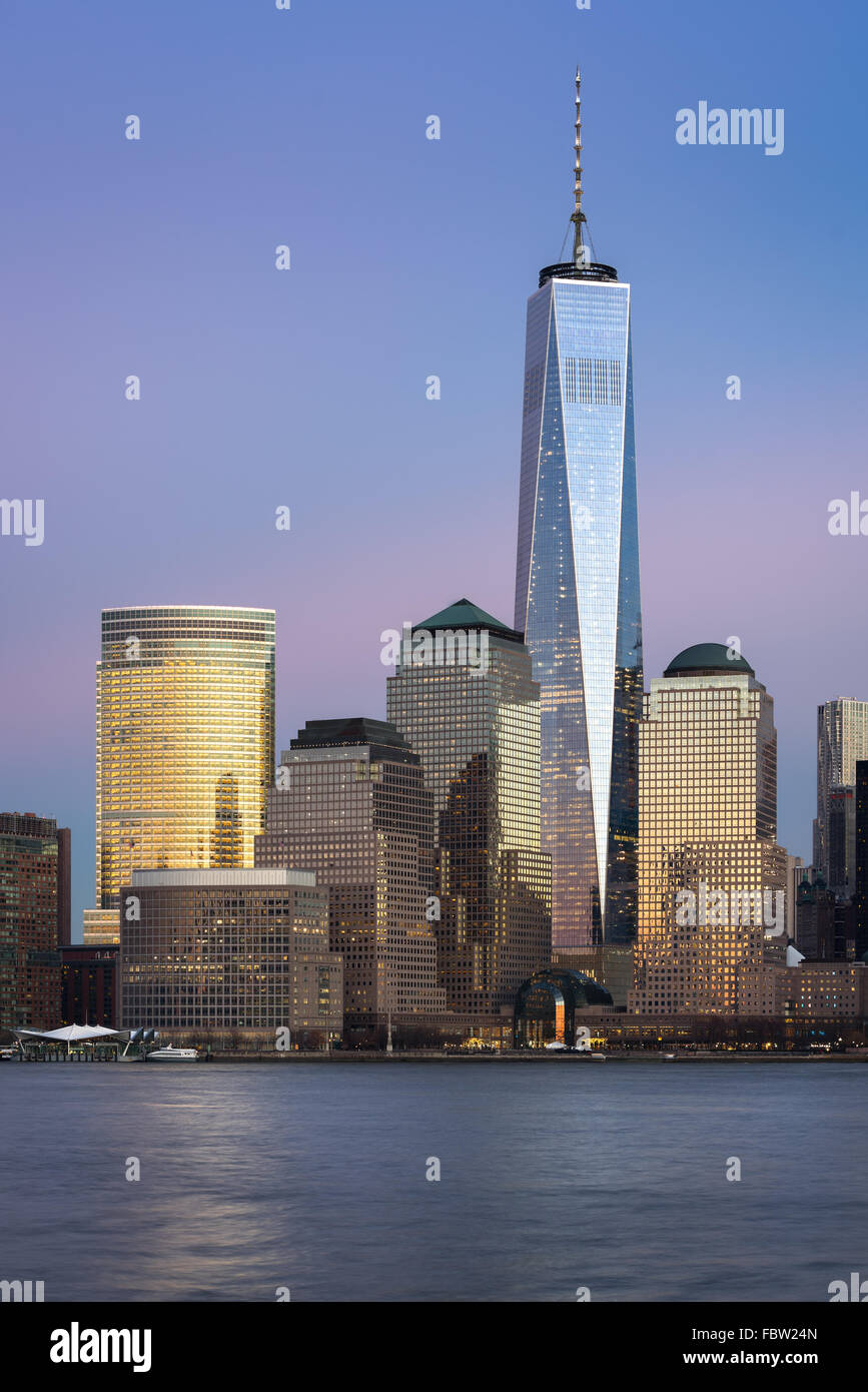 One World Trade Center (Freedom Tower) standing tall at twilight in the Financial District of Lower Manhattan, New - Stock Image