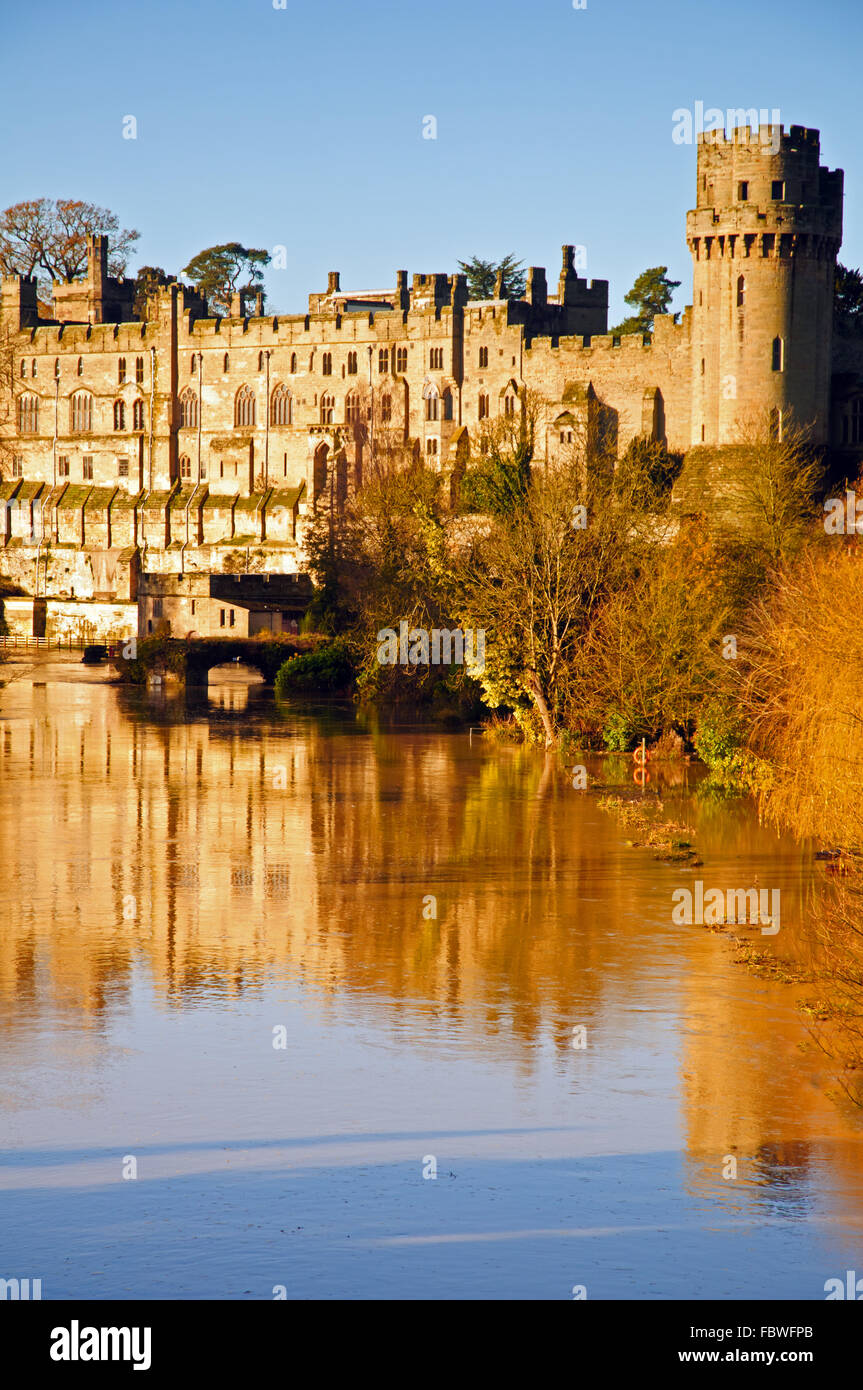 Warwick Castle on a glorious autumn morning - Stock Image