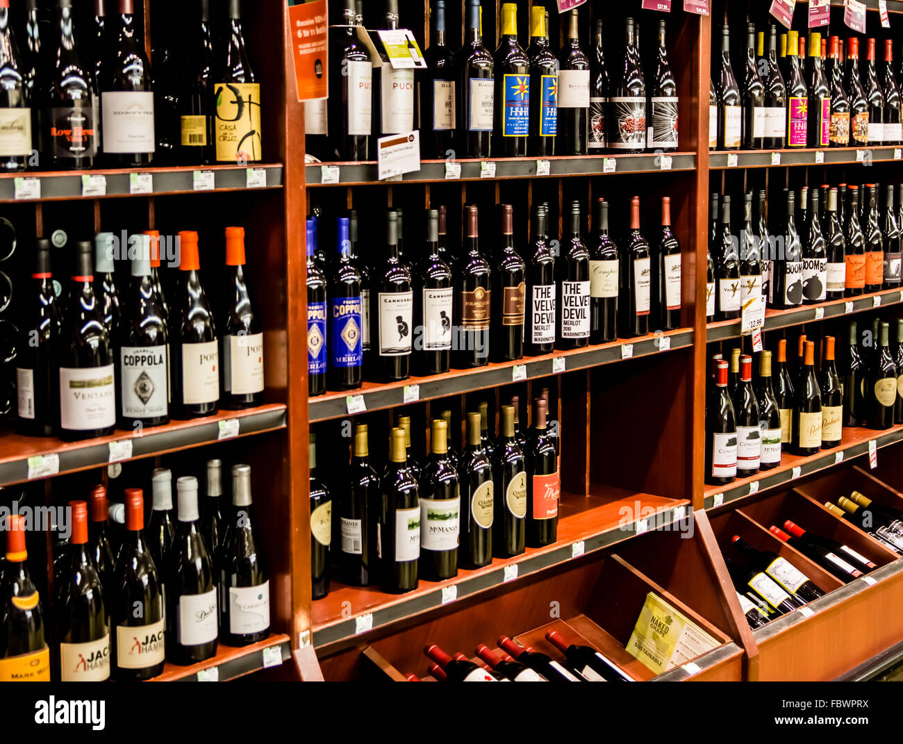 Casa Coppola Roma Rm grocery store wine selection stock photos & grocery store