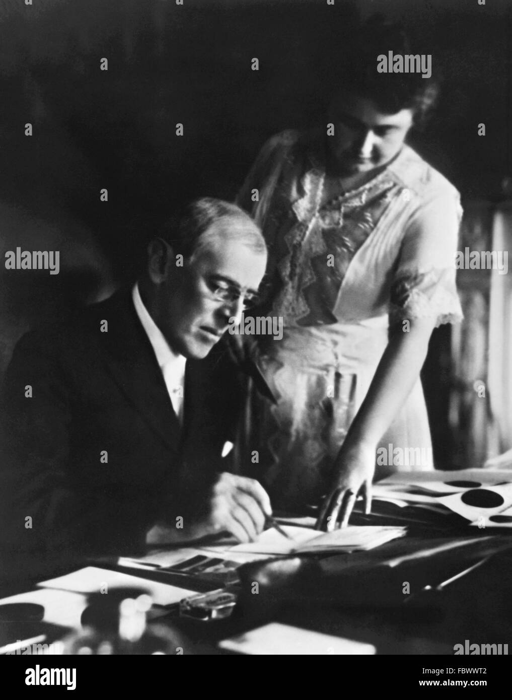 Woodrow Wilson, the 28th President of the USA, with his wife, Edith Bolling Galt, June 1920 - Stock Image