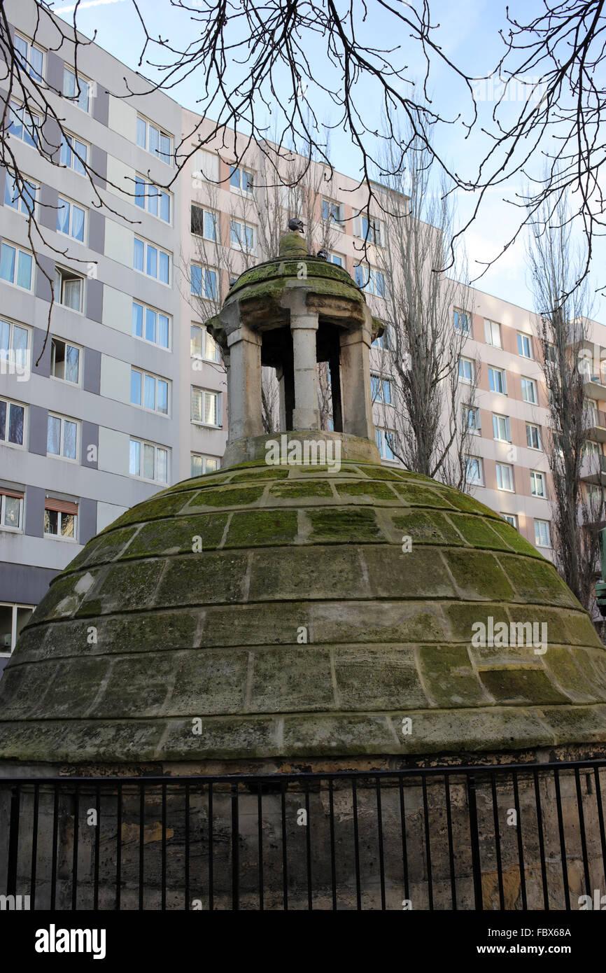 Former Manhole de la Lanterne - Angle between rue Compans and rue de Belleville - 19th arrondissement - Paris - - Stock Image