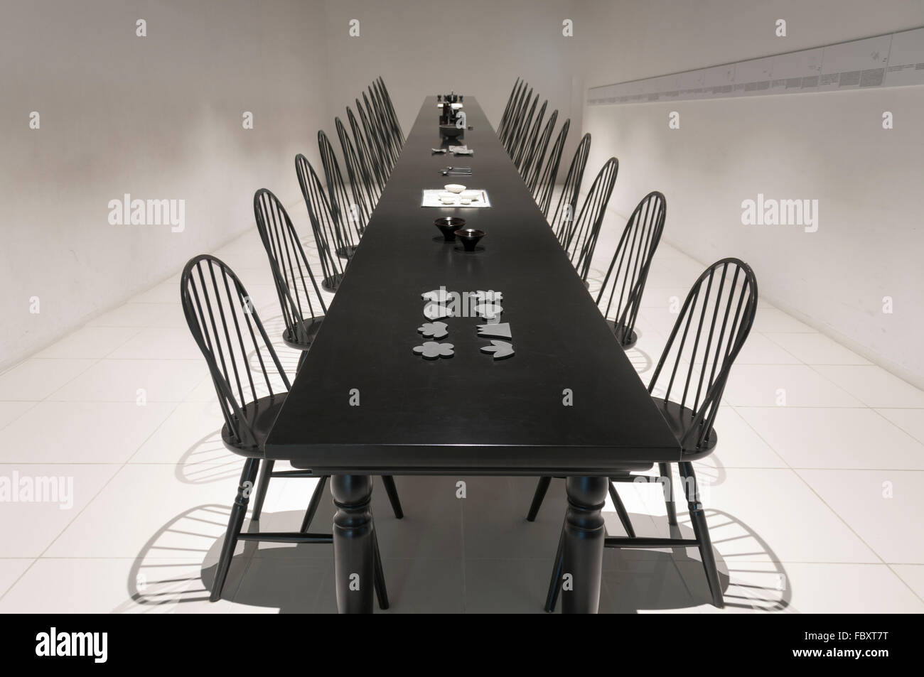 Picture of: Black And White Chair Dining Table High Resolution Stock Photography And Images Alamy