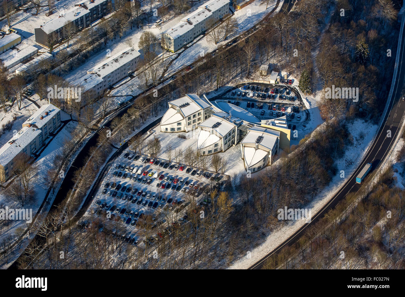 Aerial view, unusual architecture of the Artur-Woll-Haus it, Architekturbüro rough architecten, three wings - Stock Image