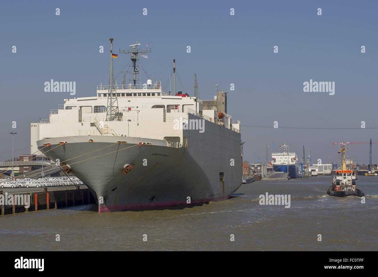 Ro-Ro ship African Highway - Stock Image