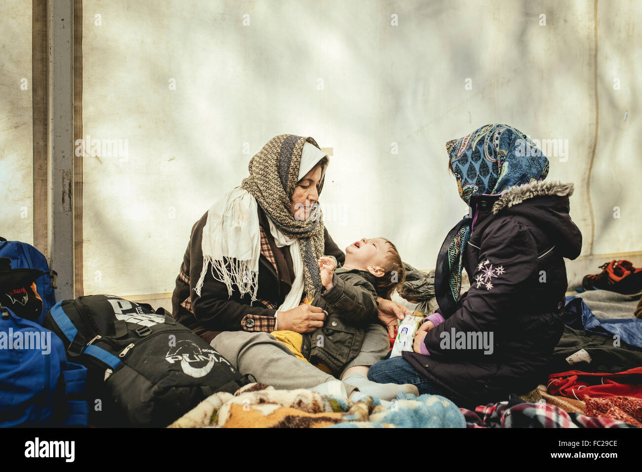 Refugees in a refugee camp, first reception facility on the border with Austria, Wegscheid, Bavaria, Germany - Stock Image