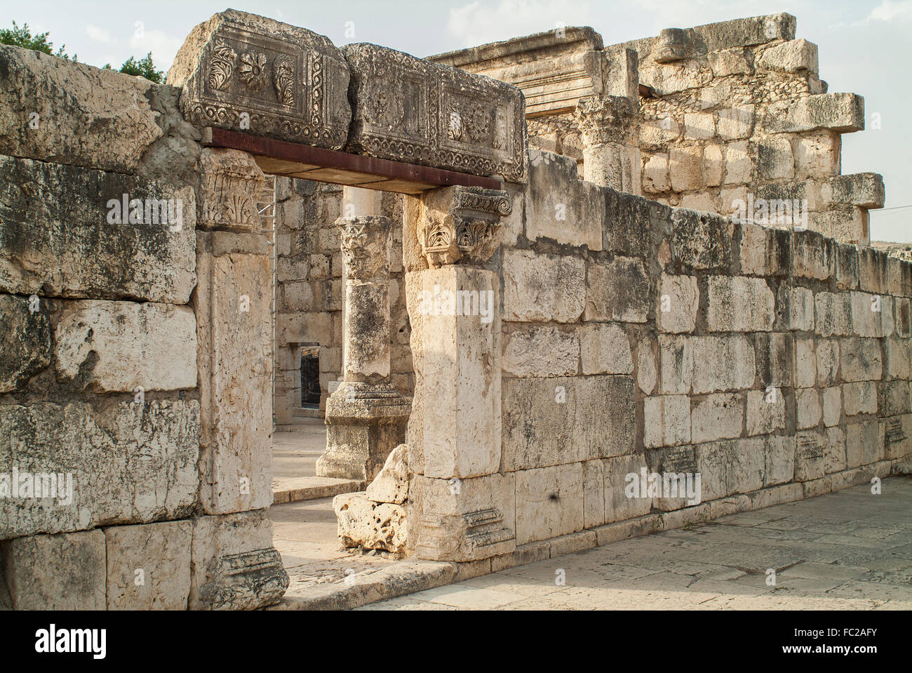 Synagogue ruins, Capernaum excavations, biblical village on, Sea of ​​Galilee, Israel - Stock Image