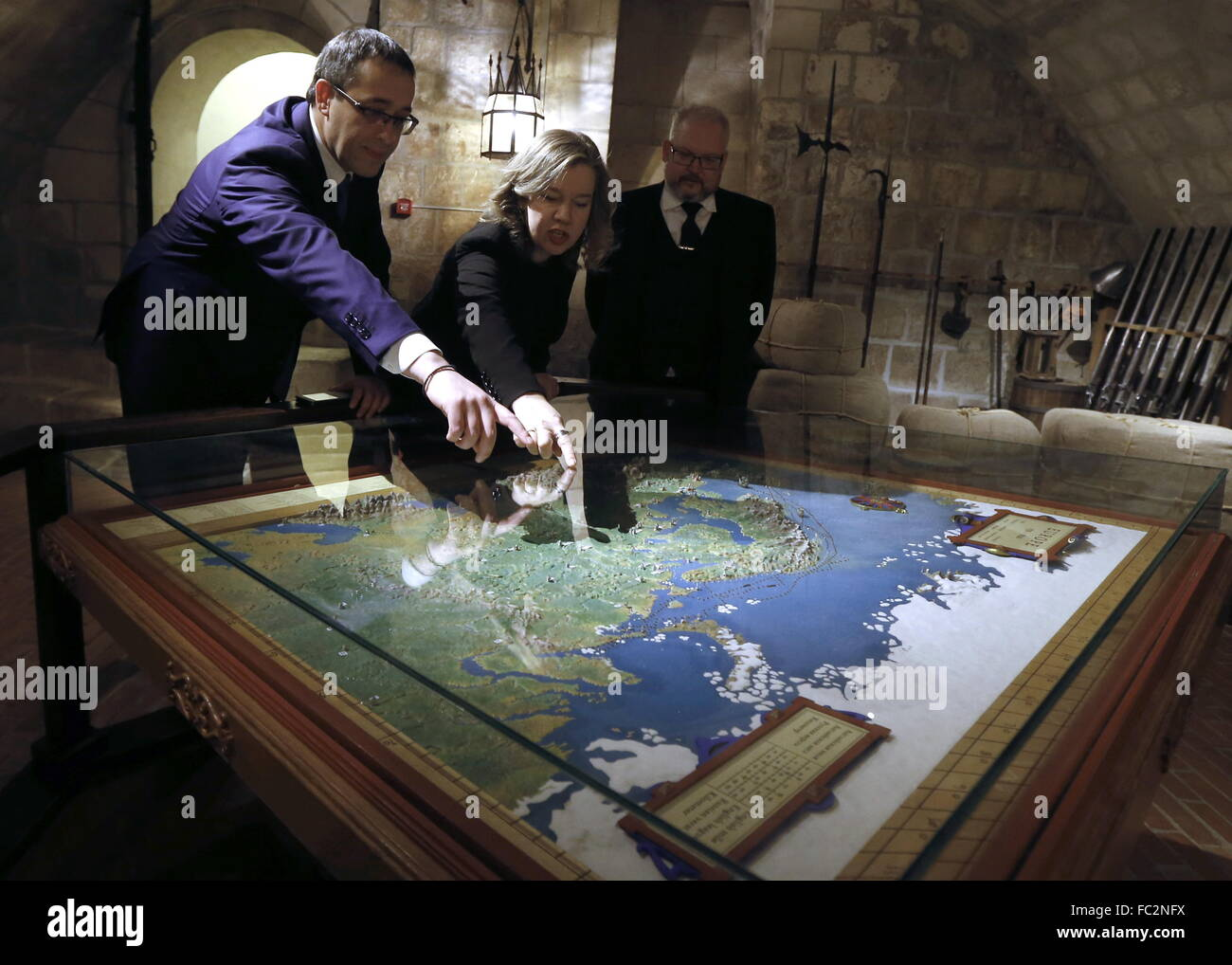 Moscow, Russia. 20th Jan, 2016. Moscow City Assembly (Duma) chairman Alexei Shaposhnikov (L), and Moscow Museum - Stock Image