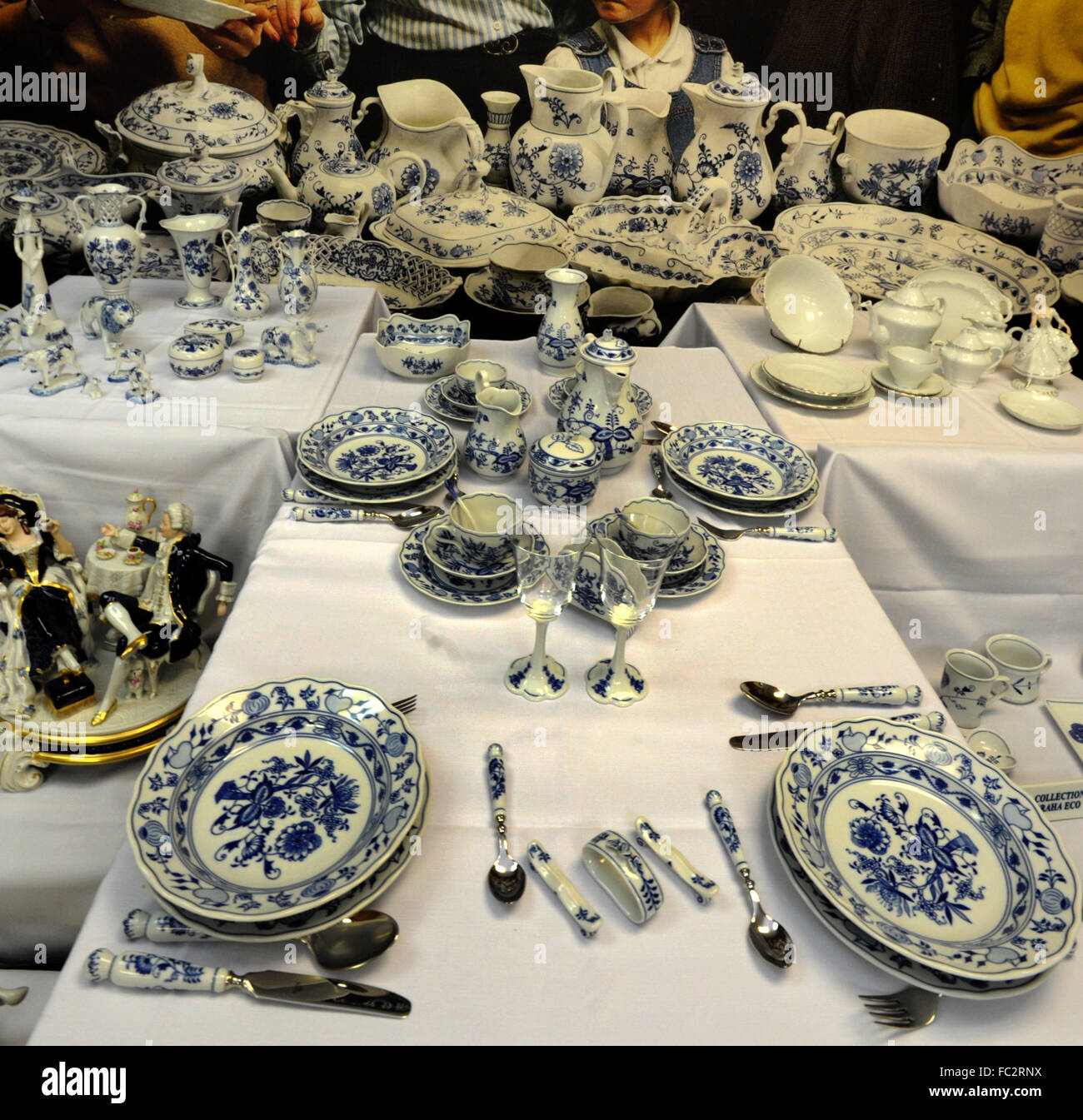 Dubi Czech Republic. 20th Jan 2016. Blue Onion Porcelain from company Cesky porcelan were presented prior to the International Frankfurt Fair Ambiente in ... & Dubi Czech Republic. 20th Jan 2016. Blue Onion Porcelain from ...