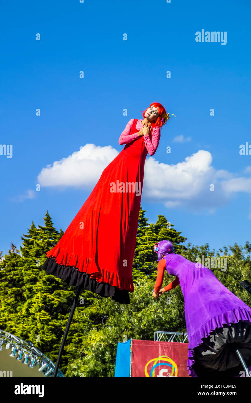 Melbourne-based, world-renowned performing arts co. Strange Fruit perform unique, large- scale visual spectacles - Stock Image