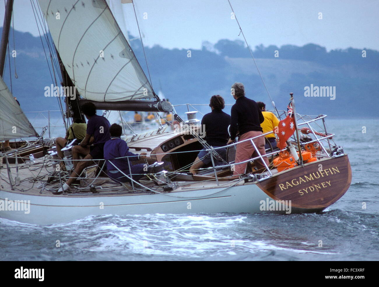 AJAX NEWS PHOTOS.1973. SOLENT, ENGLAND. - ADMIRAL'S CUP CHAMPIONSHIP - AUSTRALIAN TEAM YACHT RAGAMUFFIN SKIPPERED - Stock Image