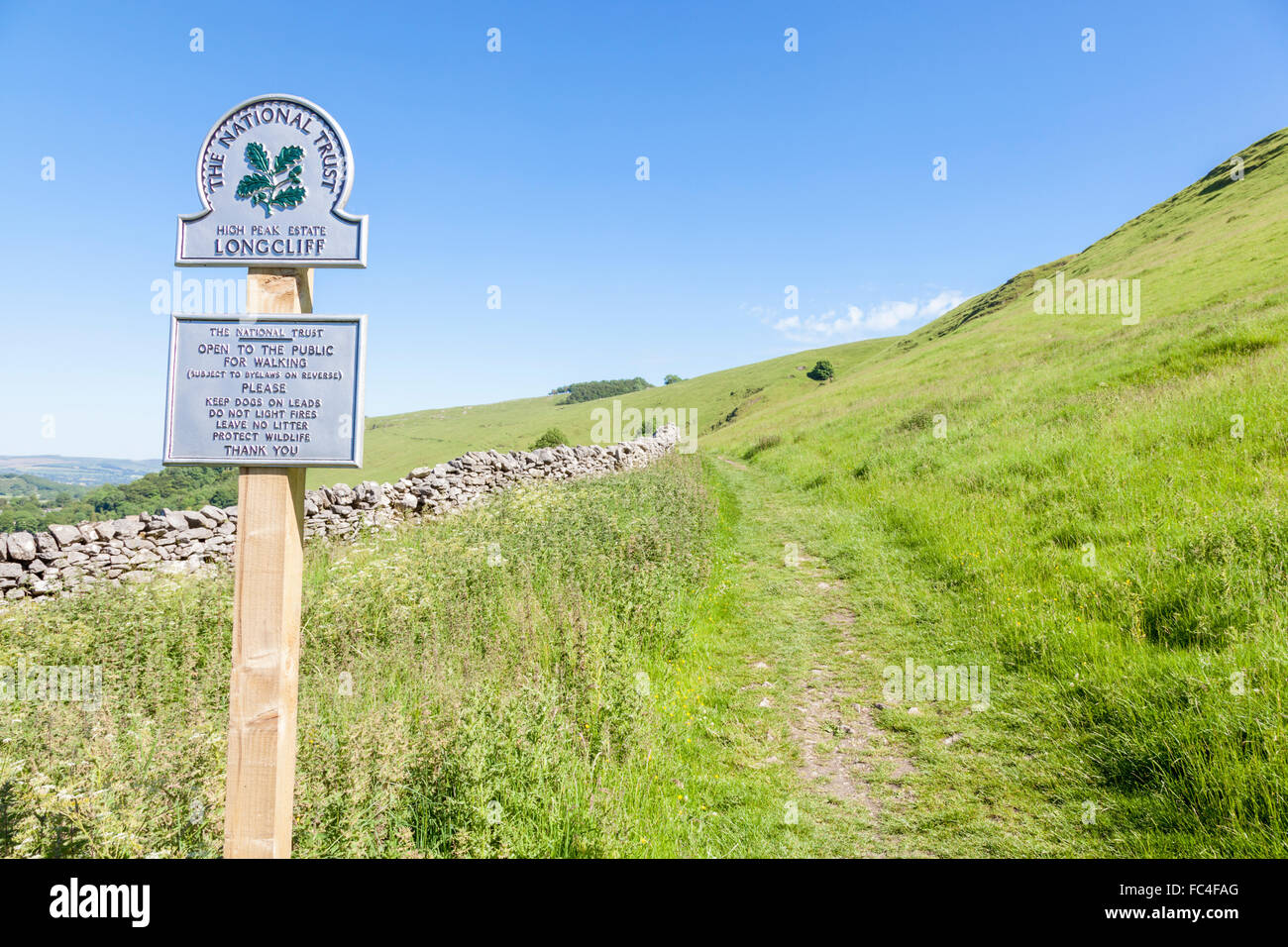 Public footpath for walkers at Long Cliff near Castleton, part of the National Trust High Peak Estate, Derbyshire, - Stock Image