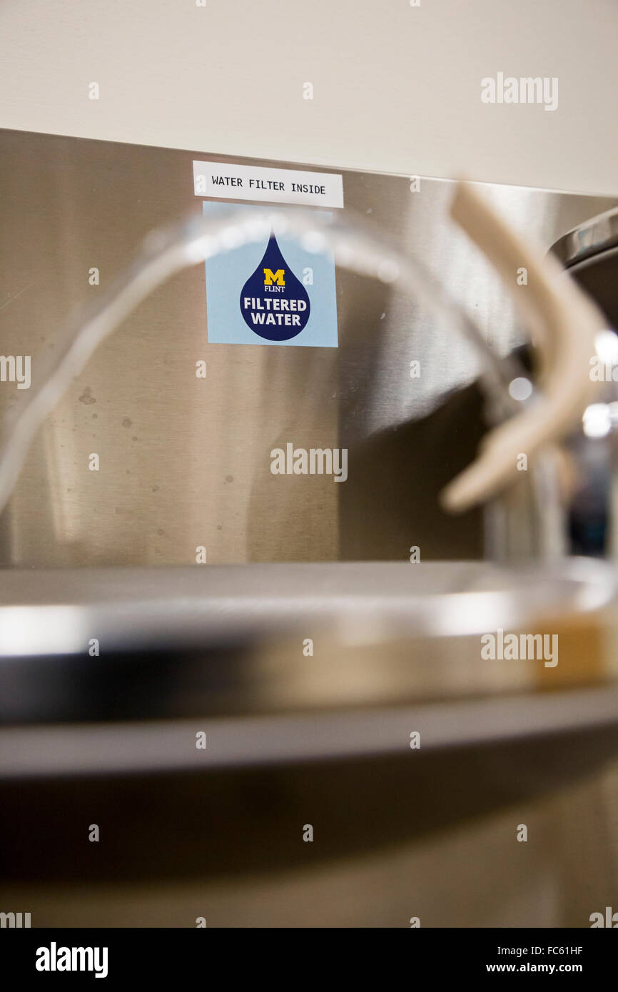 Flint, Michigan - A sign by a water fountain at the University of Michigan-Flint indicates that the water is filtered. - Stock Image