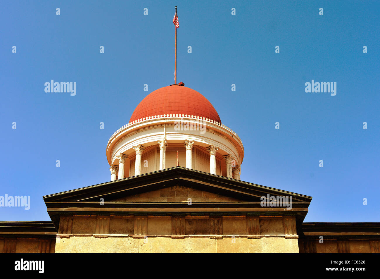 The Old State Capitol Building dome in Springfield, Illinois. It was built in the Greek Revival style in 1837–1840. - Stock Image