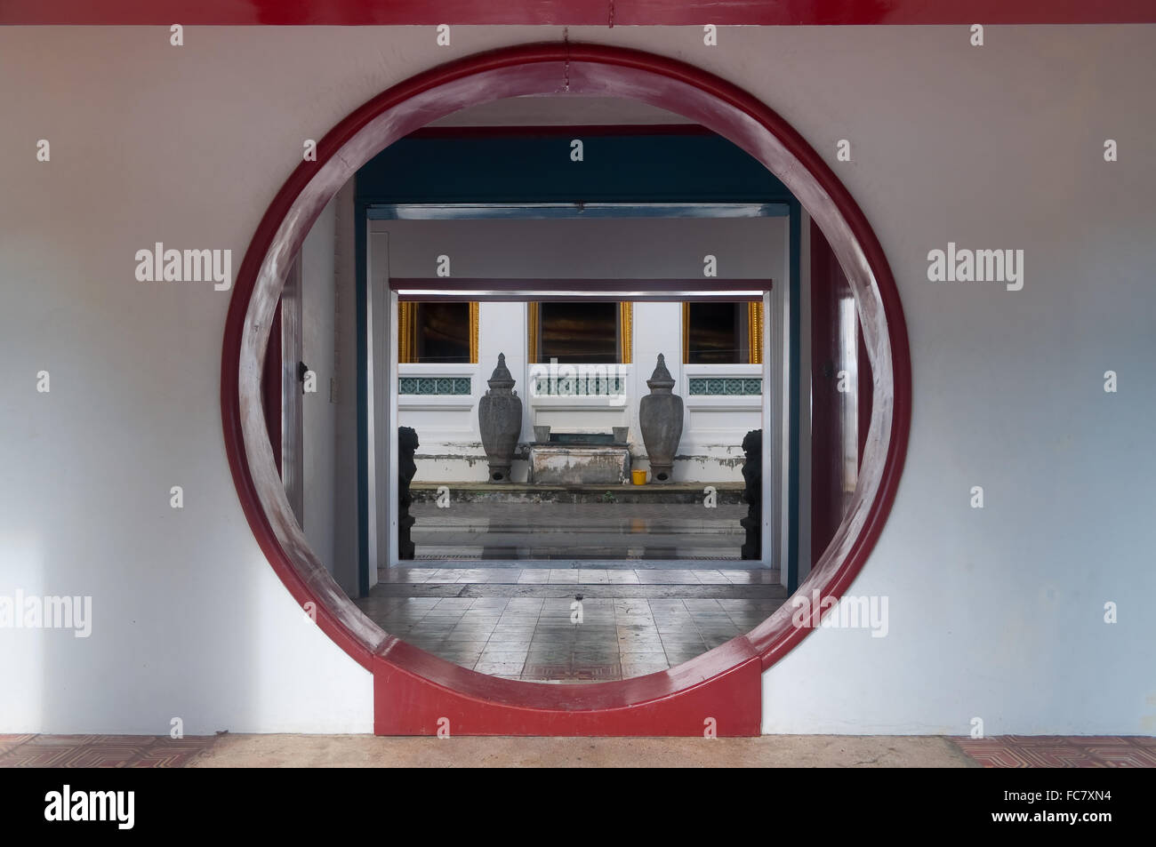 Chinese moon door in ancient thai temple Wat Ratcha Orasaram temple Bangkok Thailand. & Chinese moon door in ancient thai temple Wat Ratcha Orasaram temple ...