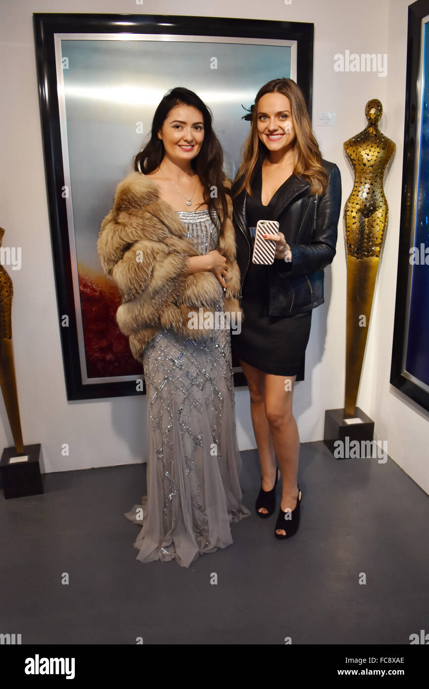 LIVE Magazine Palm Aprings presents Boo2Bullying holiday gala & toy drive benefiting Boo2Bullying toy program - Stock Image
