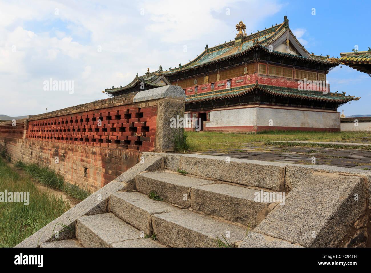 Zuu of Buddha temple, Erdene Zuu Khiid, Buddhist Monastery, Kharkhorin (Karakorum), Central Mongolia, Central Asia, - Stock Image