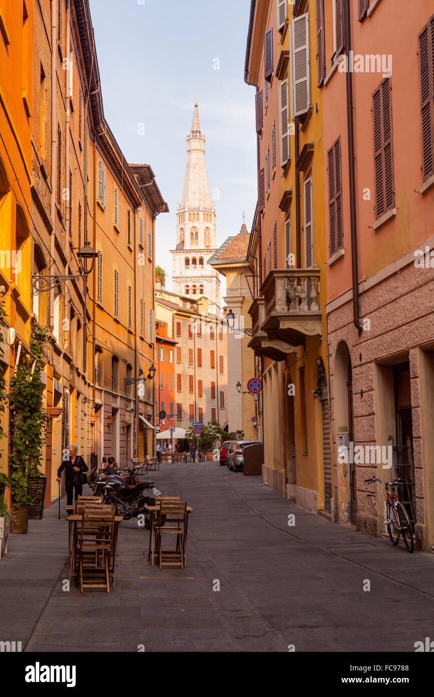 The historic centre of Modena, Emilia-Romagna, Italy, Europe - Stock Image