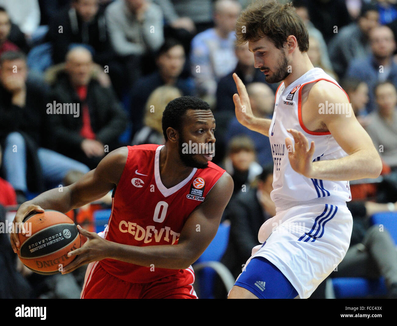 Zagreb, Croatia. 21st Jan, 2016. Jacob Pullen of Cedevita Zagreb (L) competes during Euroleague Top 16 basketball - Stock Image